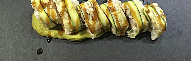 Rotolini di zucchina branzino e gamberoni su crema di avocado e salsa teriyaki – Oggi cucina…Emanuele