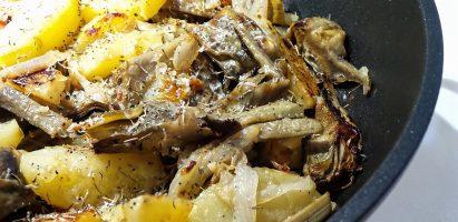 Patate e carciofi in casseruola